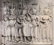 Apsara que cinzela no corridorl de Angkor Wat fotos de stock royalty free