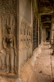 Apsara sned i den Angkor Wat korridoren Royaltyfria Bilder