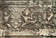 Apsaras высекло на стене в Angkor Wat Стоковое Изображение RF