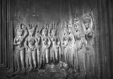 Apsaras - каменное резное изображение в Angkor Wat, Siem Reap, Камбодже Стоковое Изображение
