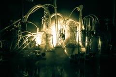 Apteki i chemii temat Próbna szklana kolba z rozwiązaniem w laboratorium badawczym Nauka i medyczny tło laboratorium zdjęcie stock