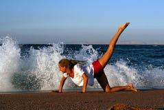 Aptitud en la playa Imagen de archivo libre de regalías