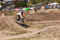 APTOS-BY - APRIL 14: 4th Årliga Santa Cruz Mountain Bike Fe Royaltyfria Bilder
