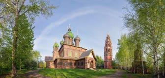 apulia施洗约翰教堂giovinazzo约翰st 雅罗斯拉夫尔市,金黄圆环,俄罗斯 库存照片