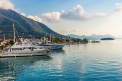 apulia Bari łodzi portowy miasteczko zdjęcie royalty free