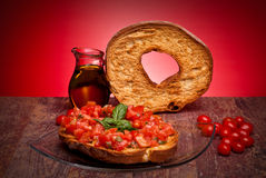 Apulian Bread Rings With Tomatoes And Basil Royalty Free Stock Images