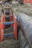 Apuntalamiento de la excavación del metal, ayudas del apuntalamiento Imagen de archivo libre de regalías