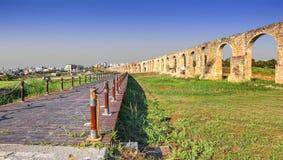 Aquädukt Kamares Larnaka zypern stockfotos
