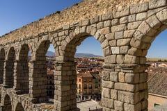 Aquäduktbrücke in Segovia Spanien Stockbild
