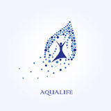 Aqua życie, Wodny logo, Zdrowy stylu życia logo Obraz Royalty Free