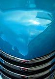 Aqua-klassische Auto-Haube Lizenzfreie Stockfotos