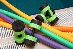 Aquaaerobics-Ausrüstung lizenzfreies stockfoto