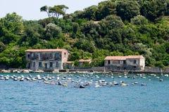 Aquaclture della cozza sull'isola di Palmaria vicino a Portovenere Immagini Stock