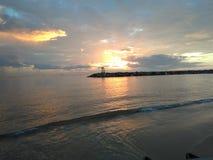 Aquadillia波多黎各海湾日落 免版税库存照片