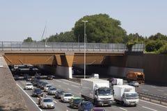 Aquaduct κοντά στο γκούντα στις Κάτω Χώρες πέρα από την εθνική οδό A12 Στοκ Φωτογραφία