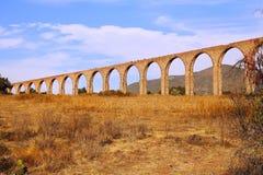 Aquaduct van Aalmoezenier Tembleque II stock foto
