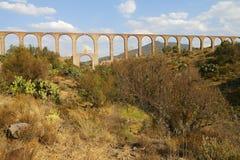 Aquaduct van Aalmoezenier Tembleque V royalty-vrije stock afbeeldingen