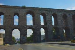 Aquaduct van Valens (Istanboel) Stock Foto