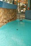 Aquapark με το μπλε νερό Στοκ Εικόνα