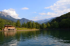 Aquapark в горных вершинах Dinaric Стоковое фото RF