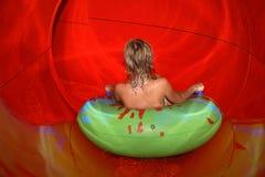 aquapark pilotant des waterslides Photographie stock