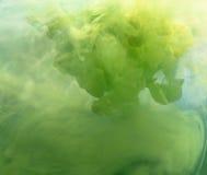 Aquarell im Wasser. stockfotos