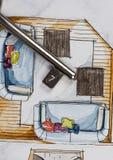 Aquarell und schwarze Tintenhandzeichenmalerei des flachen Grundrisswohnzimmers der Wohnung mit einem glänzenden Metallschlüssel Lizenzfreies Stockfoto