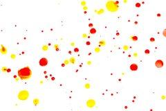 Aquarelle rouge abstraite sur le fond blanc L'éclaboussement de couleur Photos stock