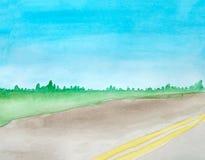 Aquarelllandschaft einer leeren grauen Stra?e des Asphalts mit zwei ununterbrochenen Streifen Das Feld im Hintergrund Wald auf de lizenzfreie abbildung