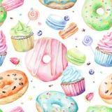 Aquarellmuster mit macarons, kleine Kuchen, Schaumgummiringe Stockbild