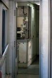 Aquecedor de água no comboio de passageiros fotografia de stock
