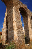 Aquedotto romano antico Fotografie Stock Libere da Diritti