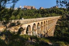 Aquedotto romano antico a Tarragona, Spagna, tramonto Immagine Stock