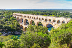 Aquedotto a tre ripiani Pont du il Gard e parco naturale Fotografia Stock
