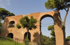 Aqueduc à Rome, Italie Images stock