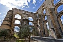 Aqueduc d'Amoreira dans Elvas, Portugal Images libres de droits