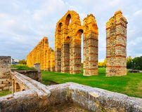 Aqueduc romain à Mérida, Espagne Photos stock