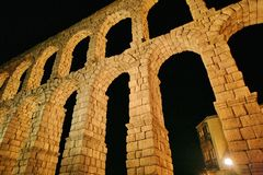 Aqueduc romain à Segovia Photo stock