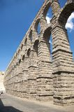 Aqueduc romain grand de segovia Photo libre de droits
