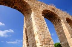 Aqueduto romano antigo Fotografia de Stock