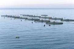 Aquiculture en mer Méditerranée photographie stock