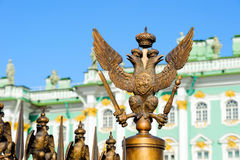 Aquila dalla testa doppio di simbolo imperiale russo Fotografia Stock