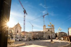 ` Aquila del dell de Piazza del Mercato en la reconstrucción después de la tierra Fotos de archivo libres de regalías