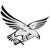 Aquila di volo che tiene una spada illustrazione di stock