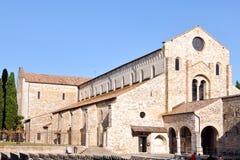 Aquileia, Italia Vista dei Di Santa Maria Assunta della basilica immagini stock