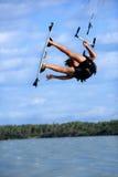 Aquilone che pratica il surfing nel Brasile Immagine Stock