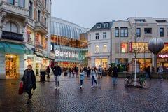 Aquis-Piazzamall in Aachen, Deutschland, an der Dämmerung Lizenzfreie Stockfotografie