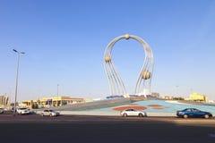 Arábia Saudita Jeddah 16 de dezembro de 2018 Dawara Falak Jeddah Falak Roundabout na opinião da rua de jeddah em Jeddah Al Bawadi imagens de stock