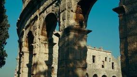 Arène de Pula, amphithéâtre romain dans le Pula, Croatie banque de vidéos
