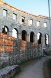 Arène de Pula - amphithéâtre romain du ` s Photographie stock